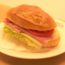 COOKED HAM & CHEESE SANDWICH